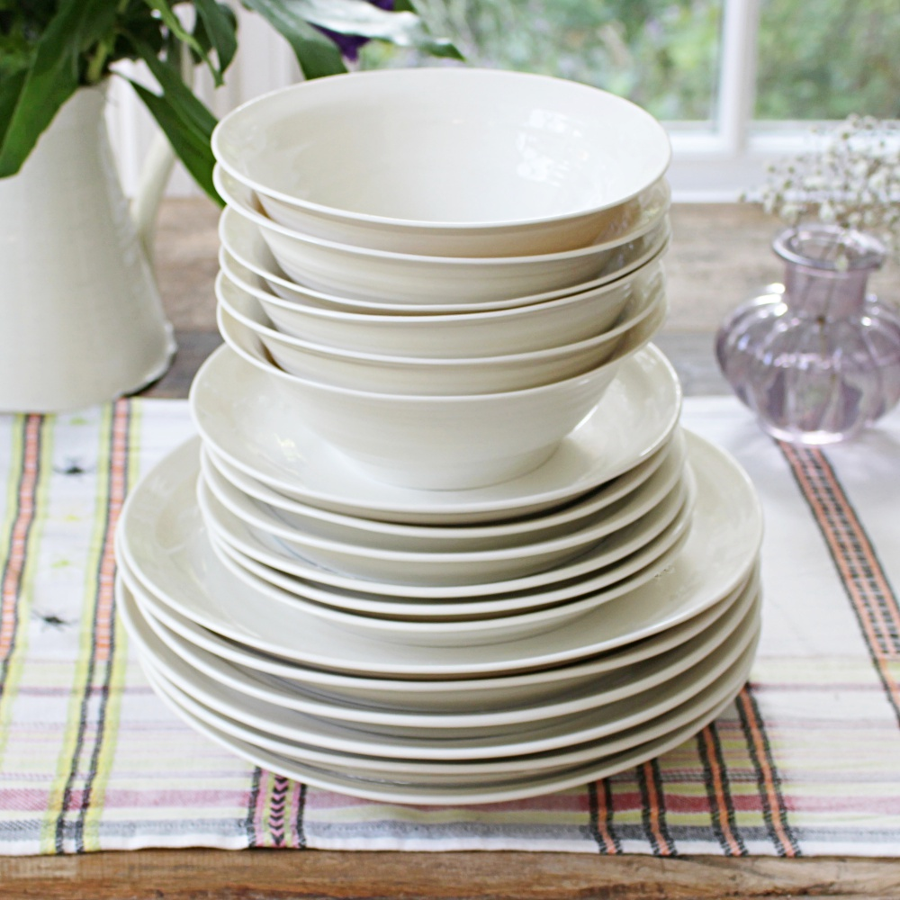 porcelain handmade dinner service