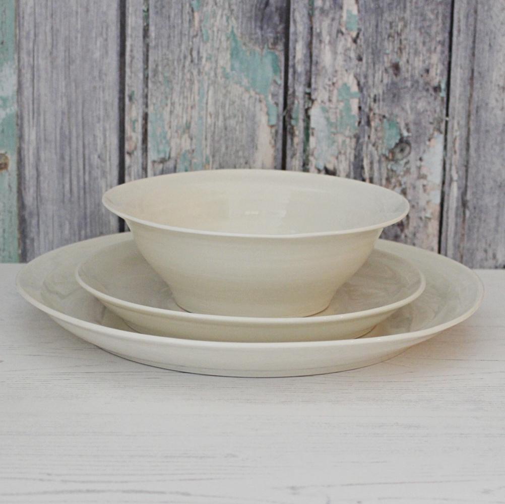 cream porcelain dinner service